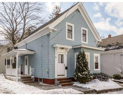 Maison unifamiliale pour l Vente à 4 East Street 4 East Street Maynard, Massachusetts 01754 États-Unis