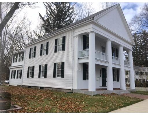 Condominio por un Alquiler en 21 Cochituate Road #21 21 Cochituate Road #21 Wayland, Massachusetts 01778 Estados Unidos