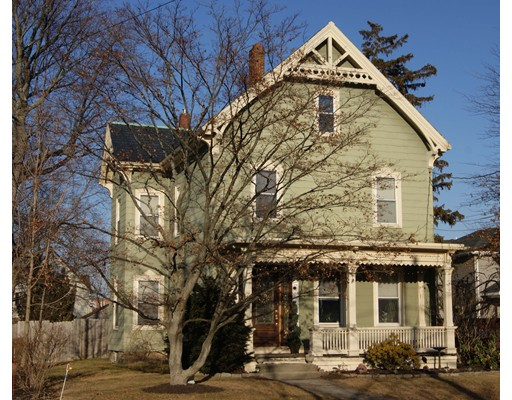 Частный односемейный дом для того Продажа на 211 Crafts Street 211 Crafts Street Newton, Массачусетс 02460 Соединенные Штаты