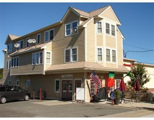 Commercial pour l Vente à 168 Main Street 168 Main Street Peabody, Massachusetts 01960 États-Unis