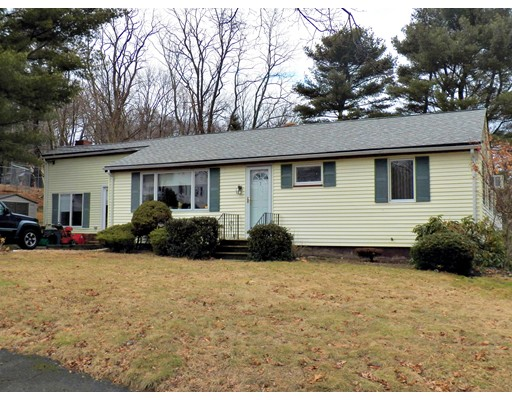 Picture 11 of 1 Barr Rd  Peabody Ma 3 Bedroom Single Family