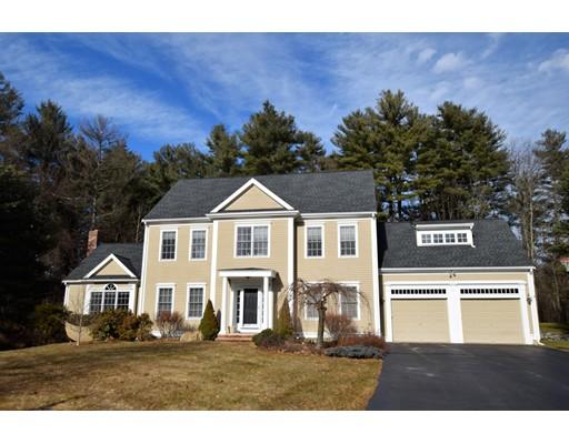 واحد منزل الأسرة للـ Sale في 47 Little Pond Road 47 Little Pond Road Northborough, Massachusetts 01532 United States