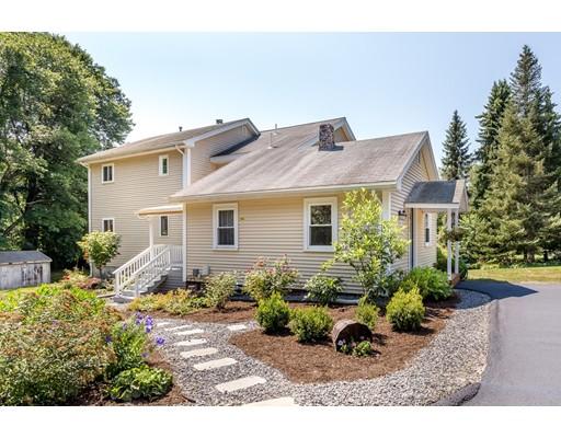 Maison unifamiliale pour l Vente à 1 Marjorie Lane 1 Marjorie Lane Natick, Massachusetts 01760 États-Unis