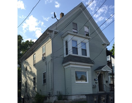 Casa Multifamiliar por un Venta en 7 Limerick Street 7 Limerick Street Gardner, Massachusetts 01440 Estados Unidos