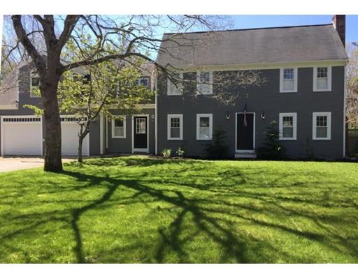 Casa Unifamiliar por un Venta en 4 Dukes Drive 4 Dukes Drive Sandwich, Massachusetts 02563 Estados Unidos