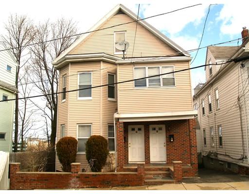 Maison avec plusieurs logements pour l Vente à 6 Leyden Avenue 6 Leyden Avenue Medford, Massachusetts 02155 États-Unis