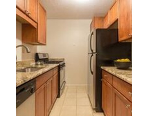 Picture 5 of 9 Hawthorne Place Unit 8d Boston Ma 2 Bedroom Condo