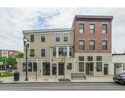 Single Family Home for Rent at 4 Broadway Somerville, 02145 United States