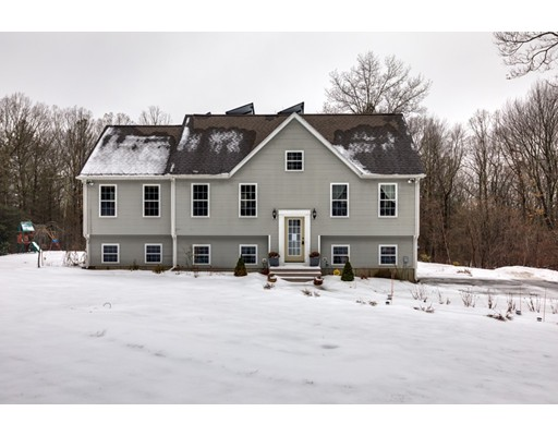 Single Family Home for Sale at 39 Molasses Hill Road 39 Molasses Hill Road Brookfield, Massachusetts 01506 United States