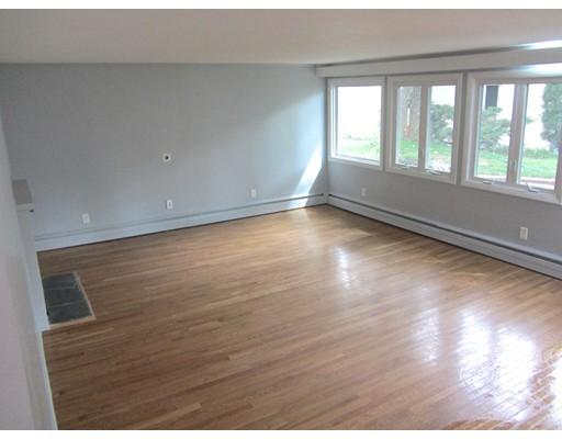 Maison unifamiliale pour l à louer à 11 David Road 11 David Road Newton, Massachusetts 02459 États-Unis