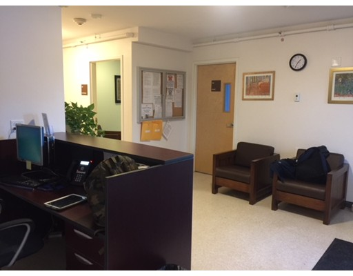 Commercial for Rent at 660 Broadway 660 Broadway Somerville, Massachusetts 02144 United States
