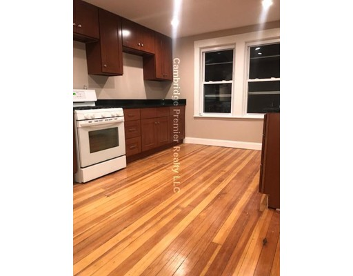 Appartement pour l à louer à 538 Main st #2 538 Main st #2 Stoneham, Massachusetts 02180 États-Unis