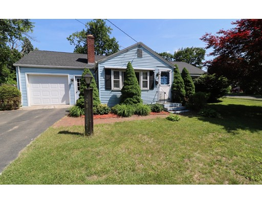 Single Family Home for Sale at 108 River Road 108 River Road Agawam, Massachusetts 01001 United States