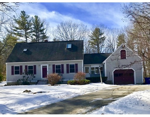 Maison unifamiliale pour l Vente à 245 Mill Glen Road 245 Mill Glen Road Winchendon, Massachusetts 01475 États-Unis