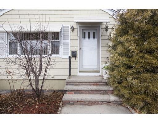 Casa Unifamiliar por un Venta en 63 Farm Street 63 Farm Street Providence, Rhode Island 02908 Estados Unidos