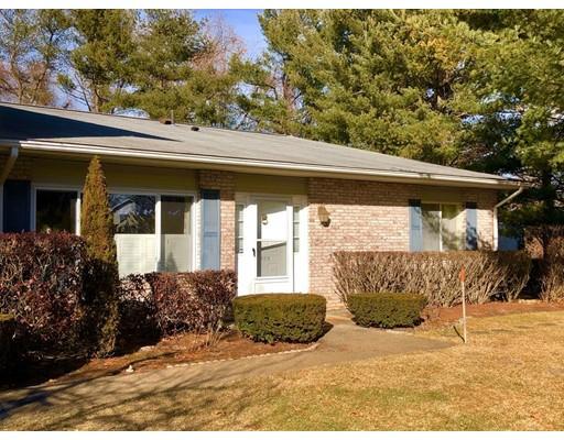 Appartement en copropriété pour l Vente à 352 Chatham Circle 352 Chatham Circle Warwick, Rhode Island 02886 États-Unis