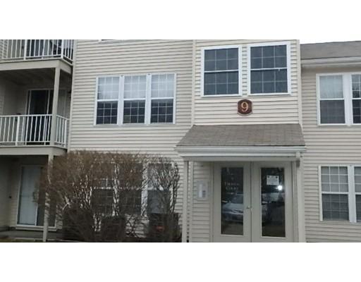 Appartement en copropriété pour l Vente à 9 Thoreau Court 9 Thoreau Court Natick, Massachusetts 01760 États-Unis
