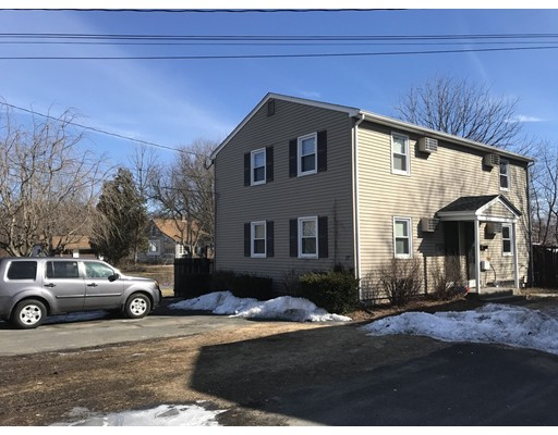 Casa unifamiliar adosada (Townhouse) por un Alquiler en 77 Moseley ave #B 77 Moseley ave #B Westfield, Massachusetts 01085 Estados Unidos