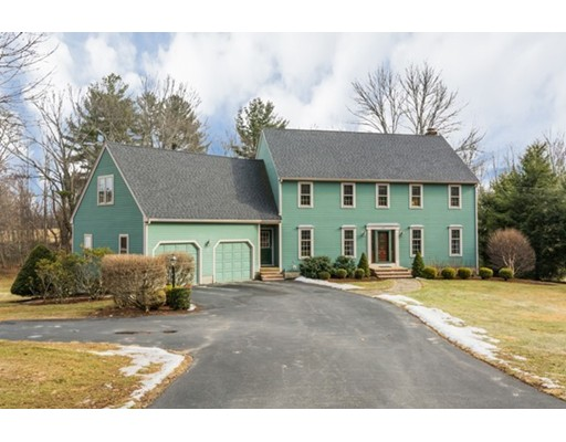 Частный односемейный дом для того Продажа на 108 Mcgilpin Road 108 Mcgilpin Road Sturbridge, Массачусетс 01566 Соединенные Штаты