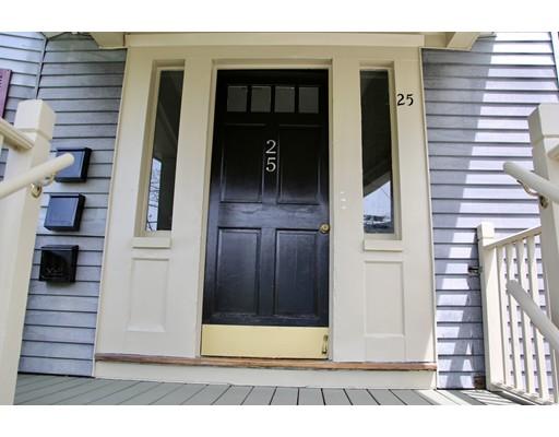 Casa Multifamiliar por un Venta en 25 Hyde Street 25 Hyde Street Revere, Massachusetts 02151 Estados Unidos