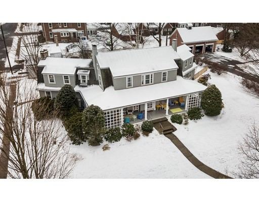 Casa Unifamiliar por un Venta en 118 Madison Avenue 118 Madison Avenue Holyoke, Massachusetts 01040 Estados Unidos