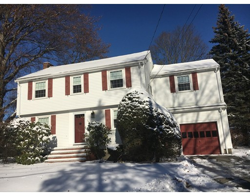 Casa Unifamiliar por un Venta en 26 Morrison Road 26 Morrison Road Wakefield, Massachusetts 01880 Estados Unidos