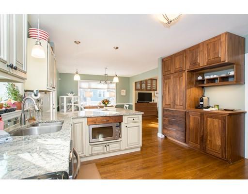 Casa Unifamiliar por un Venta en 12 Savin Street 12 Savin Street Malden, Massachusetts 02148 Estados Unidos