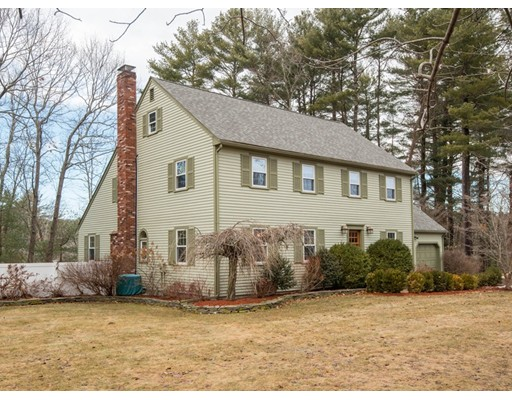 Single Family Home for Sale at 14 Honor Place 14 Honor Place Topsfield, Massachusetts 01983 United States
