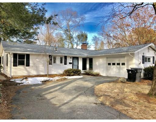 Частный односемейный дом для того Аренда на 25 Karal Drive 25 Karal Drive Framingham, Массачусетс 01701 Соединенные Штаты