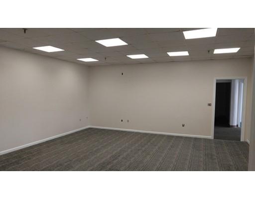Commercial للـ Rent في 200 Essex Street 200 Essex Street Whitman, Massachusetts 02382 United States