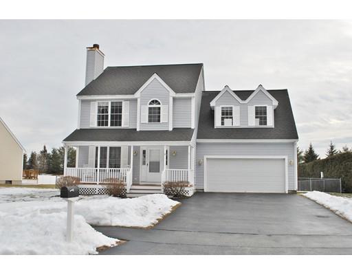 Single Family Home for Sale at 10 Souhegan Drive 10 Souhegan Drive Nashua, New Hampshire 03063 United States