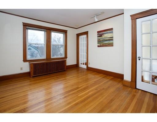 Nhà chung cư vì Bán tại 204 Wachusett Street 204 Wachusett Street Boston, Massachusetts 02130 Hoa Kỳ