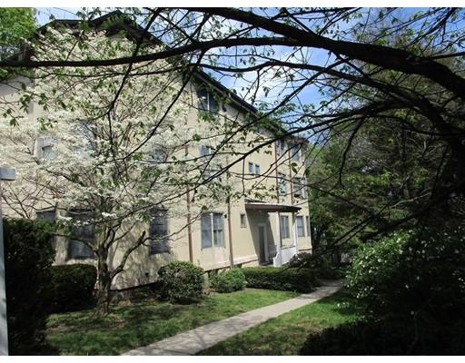 Appartement en copropriété pour l Vente à 206 Sumner Street 206 Sumner Street Newton, Massachusetts 02459 États-Unis
