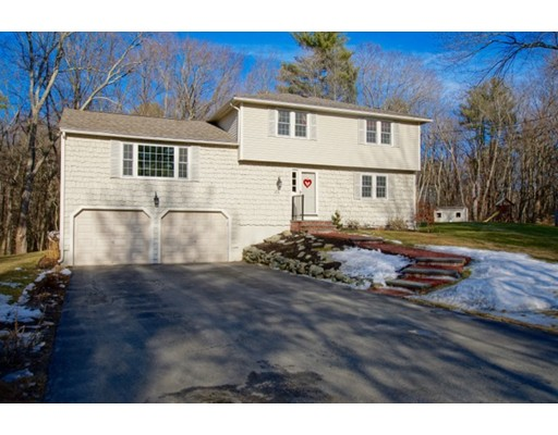Single Family Home for Sale at 23 Parish Road 23 Parish Road Georgetown, Massachusetts 01833 United States