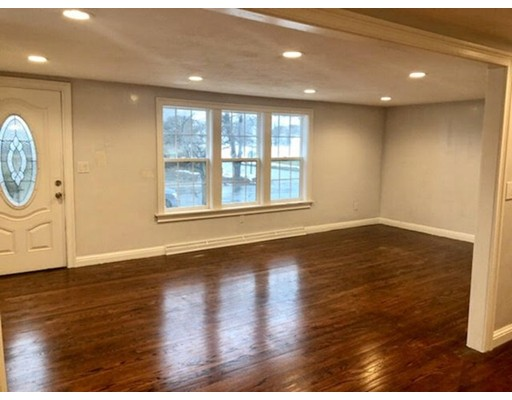 Single Family Home for Sale at 14 Normandy Avenue 14 Normandy Avenue Webster, Massachusetts 01570 United States