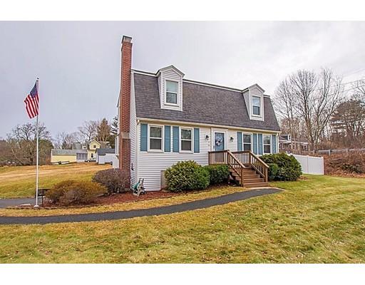 独户住宅 为 销售 在 30 StreetATION Street 30 StreetATION Street 厄普顿, 马萨诸塞州 01568 美国