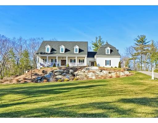 Enfamiljshus för Försäljning vid 83 CAMP STREET 83 CAMP STREET Milford, Massachusetts 01757 Usa