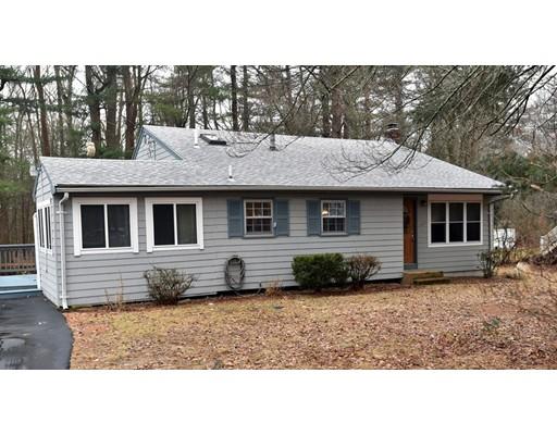 Single Family Home for Sale at 380 Groveland Street 380 Groveland Street Abington, Massachusetts 02331 United States