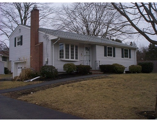 واحد منزل الأسرة للـ Sale في 71 Swanson Terrace 71 Swanson Terrace Stoughton, Massachusetts 02072 United States
