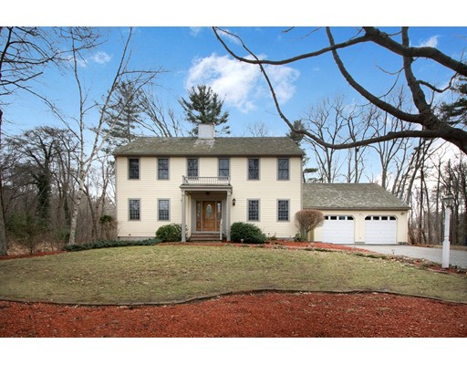 Single Family Home for Sale at 13 Queen Anne Lane 13 Queen Anne Lane Norwell, Massachusetts 02061 United States