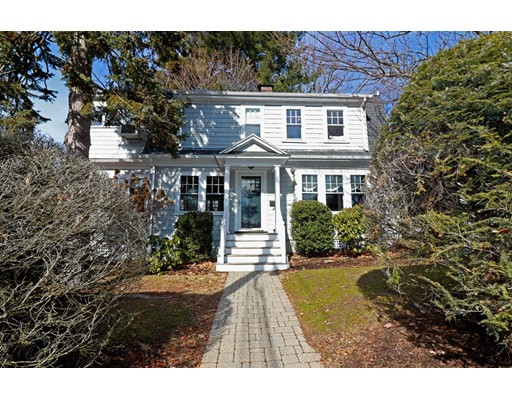 Single Family Home for Sale at 7 HIGHLAND Road 7 HIGHLAND Road Wellesley, Massachusetts 02482 United States