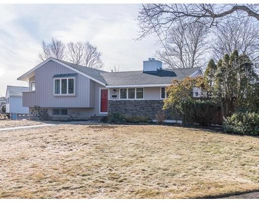 Частный односемейный дом для того Продажа на 7 Wirthmore Lane 7 Wirthmore Lane Lynnfield, Массачусетс 01940 Соединенные Штаты