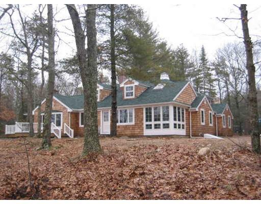 Single Family Home for Rent at 34 Oak Street 34 Oak Street Wareham, Massachusetts 02571 United States