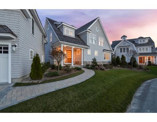 Частный односемейный дом для того Продажа на 114 Shore Drive West 114 Shore Drive West Mashpee, Массачусетс 02649 Соединенные Штаты