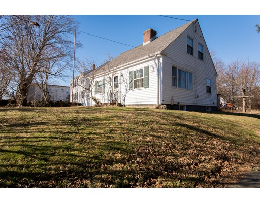 Single Family Home for Sale at 534 Buffinton Street 534 Buffinton Street Somerset, Massachusetts 02726 United States