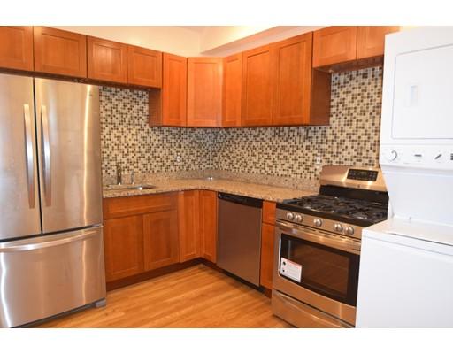 独户住宅 为 出租 在 45 School Street 波士顿, 马萨诸塞州 02119 美国