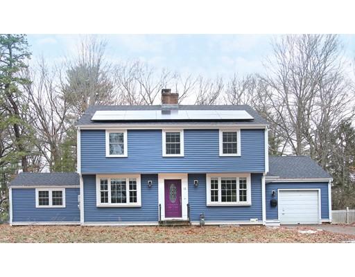 Maison unifamiliale pour l Vente à 11 Travis Road 11 Travis Road Natick, Massachusetts 01760 États-Unis