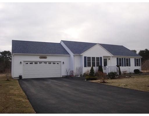 Частный односемейный дом для того Продажа на 8 Carina Way 8 Carina Way East Bridgewater, Массачусетс 02333 Соединенные Штаты