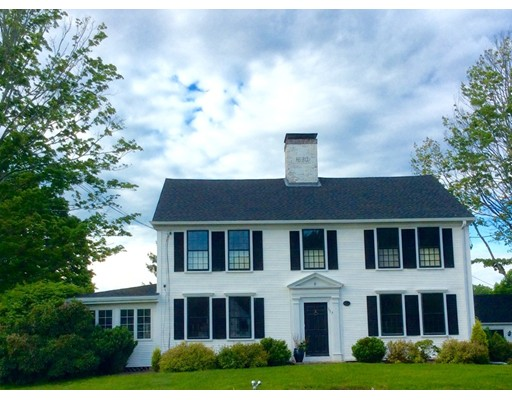 واحد منزل الأسرة للـ Sale في 117 Framingham Road 117 Framingham Road Southborough, Massachusetts 01772 United States
