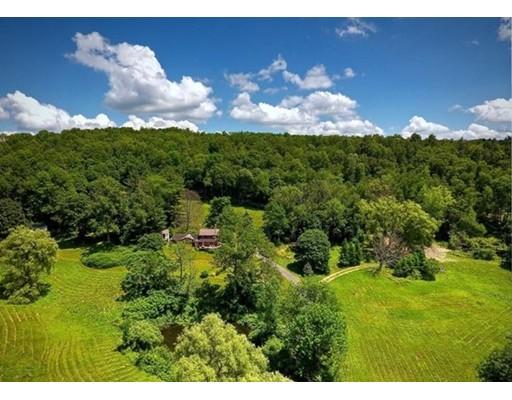 土地,用地 为 销售 在 Address Not Available 里士满, 马萨诸塞州 01254 美国